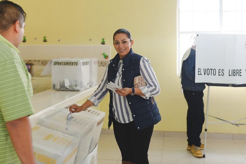 Alma Mireya González confía en la decisión que tendrán los michoacanos y asegura ser una digna representante desde el Senado