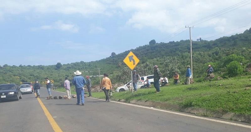 Hasta al momento personal de la Policía Michoacán mantiene un operativo en la zona con el apoyo de la Policía Federal