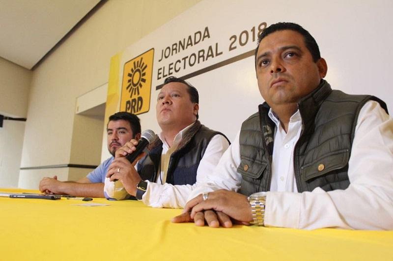 """En el tema de los incidentes que se han desarrollado en el estado, Martín García denunció que en el municipio de Cotija hay representantes de Morena con playeras que portaban la leyenda """"Autodefensas Electorales"""" y con el rostro cubierto"""