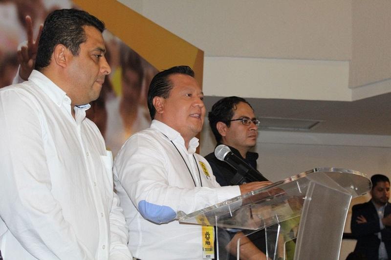 """""""El PRD en Michoacán es y seguirá siendo la primera fuerza política. Luego de esta jornada electoral se refrendará que Michoacán será el epicentro del perredismo en el país"""", indicó García Avilés"""