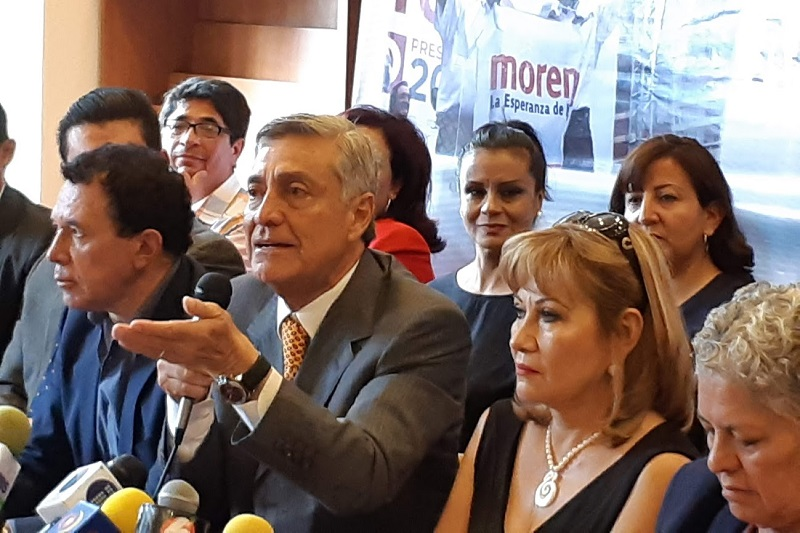 """Cristóbal Arias prometió una relación de respeto con el titular del Ejecutivo estatal, """"pero ahora él es el que tendrá que procurarnos"""" (FOTO: SEBASTIÁN CASIMIRO)"""