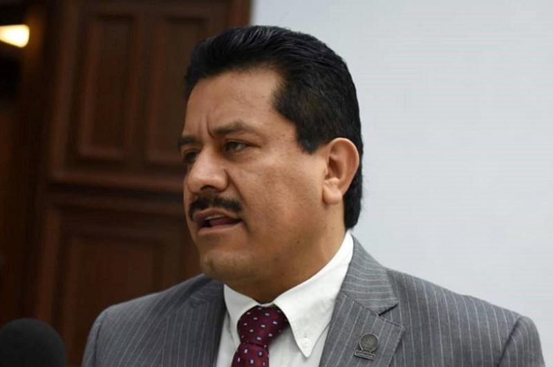 El priismo michoacano no está caído ni vencido, está listo para reconstruirse, aseguró el diputado
