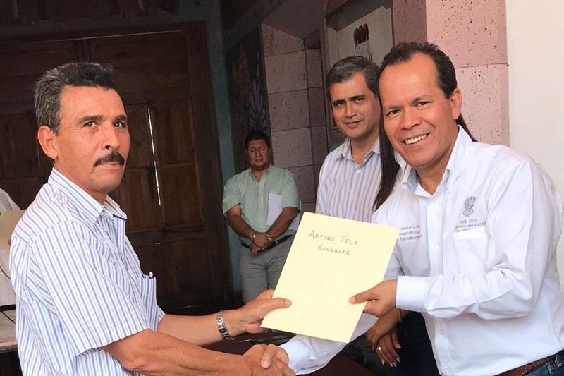 Rubén Medina Niño titular de la dependencia arriba citada, comentó que estos recursos representan un incentivo para que los productores que tuvieron afectaciones en 771 hectáreas, continúen con sus labores