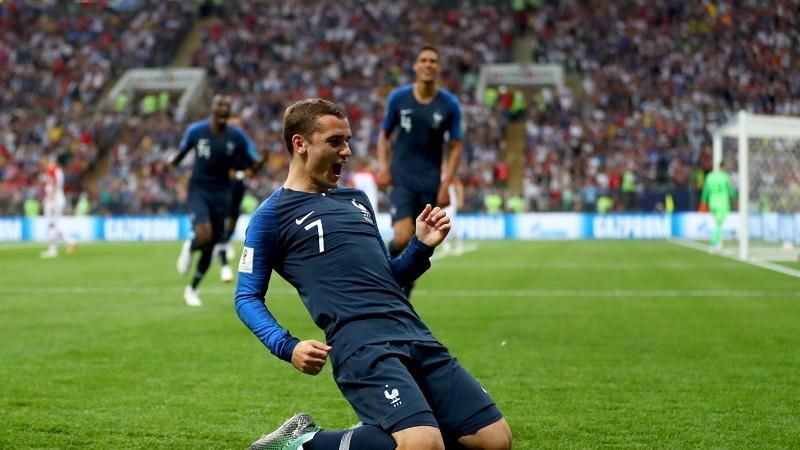 Les Bleus emularon a sus ídolos de 1998 —incluido el seleccionador, Didier Deschamps— y conquistaron su segundo título mundialista