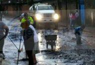 Fue necesario también del apoyo de maquinaria, camiones y pipas para realizar limpieza de las calles afectadas, dónde por fortuna no hubo pérdidas humanas ni personas lesionadas
