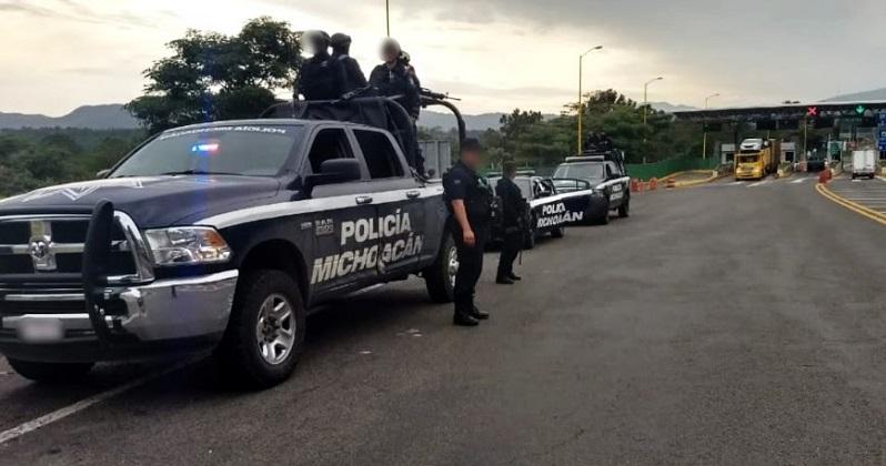 Personal de la Policía Michoacán lleva a cabo patrullajes en los diferentes tramos de la autopista, lo que ha permitido inhibir la comisión de hechos delictivos