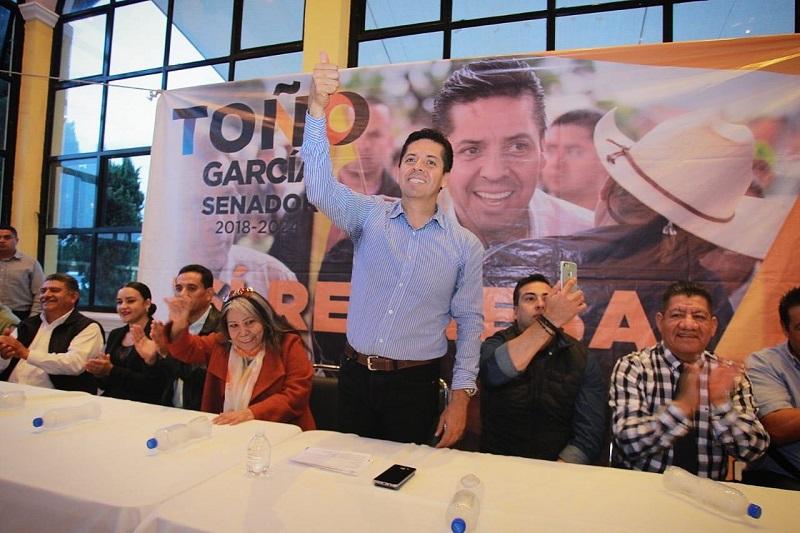 La participación ciudadana, es la herramienta de la democracia para que los funcionarios públicos actúen con la población para generar beneficios en común; por eso que visitamos de nueva cuenta todo el estado hasta el rincón más lejano, para escucharlos: Antonio García Conejo