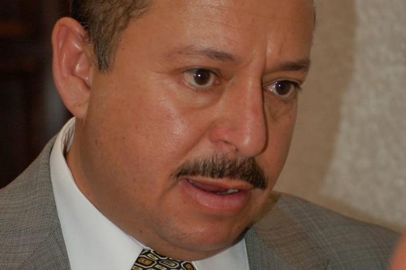 Martínez Pasalagua sostuvo en contraparte, que en breve operará unidades ecológicas con gas natural con el mismo costo y además adecuadas a las vialidades de la ciudad