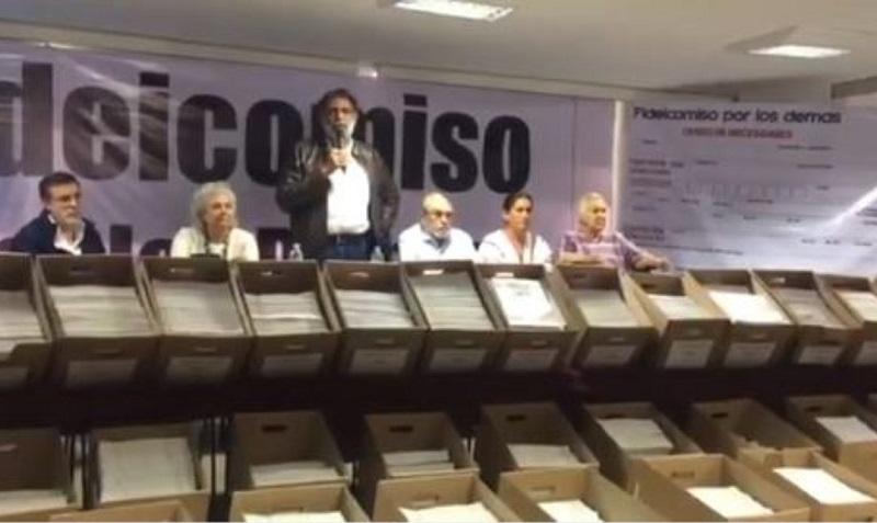 De acuerdo con los integrantes del fideicomiso, la mayor parte de las aportaciones fueron en efectivo y distribuidas a las personas más pobres sin condicionar el voto, ni mencionar que fueron entregados por Morena