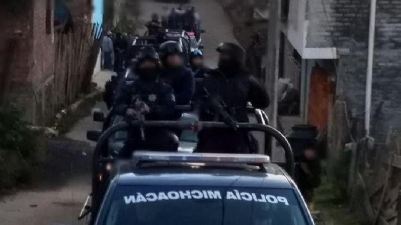 """El detenido, también conocido en expedientes de investigación como """"El 2500"""" o """"El Cabezón"""", fue vinculado en el año 2009 con la entonces """"Familia Michoacana"""" y detenido en 2010 por el delito de delincuencia organizada, y puesto en libertad en septiembre del año 2017"""