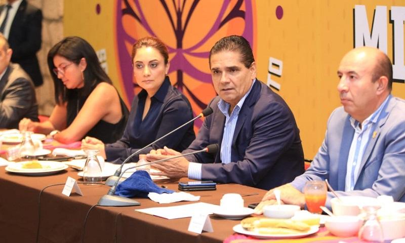 Aureoles Conejo también destacó otros proyectos como concretar la idea de crear el Tour de Michoacán, el cual consiste en una vuelta de mil 200 kilómetros de ciclismo, para el mes de noviembre y aseguró que no se está descuidando los demás deportes