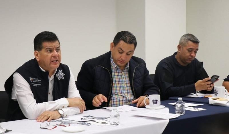 Los integrantes del Grupo de Coordinación Local de Uruapan, coincidieron también en fortalecer los trabajos preventivos que los uniformados desempeñan para inhibir actos ilícitos y así garantizar la paz en cada punto de la entidad