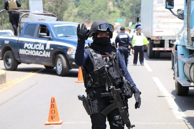 El municipio está blindado en sus cinco accesos con presencia de la Policía Michoacán y Federal