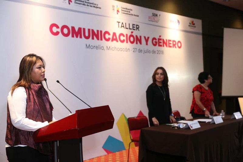 La coordinadora general de Comunicación Social, Julieta López Bautista, informó que talleres como éste ya se han desarrollado desde hace algunos meses en diferentes municipios del interior del Estado