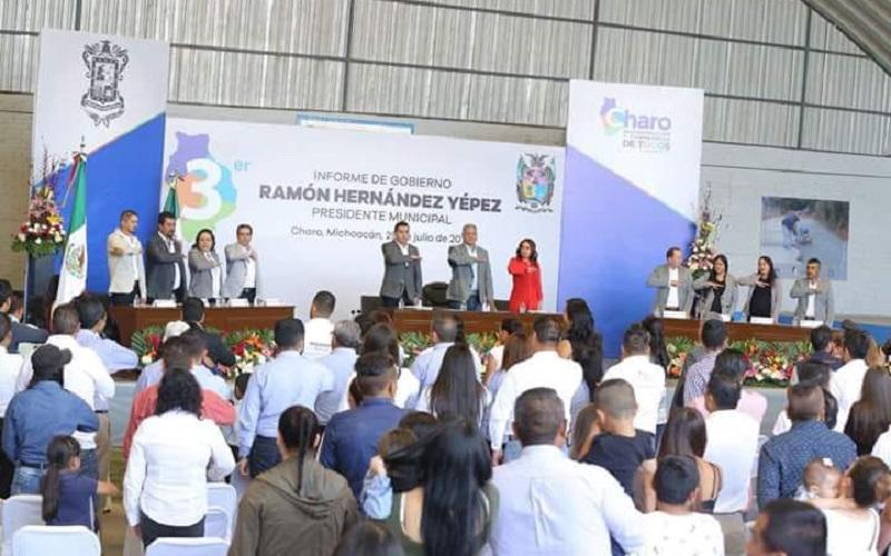 Hinojosa Pérez refirió que estos logros han sido posibles por el excelente liderazgo del Presidente, Ramón Hernández Yépez, quien ha encabezado obras en materia de agua y saneamiento; infraestructura educativa; pavimentaciones; andadores y plazas públicas