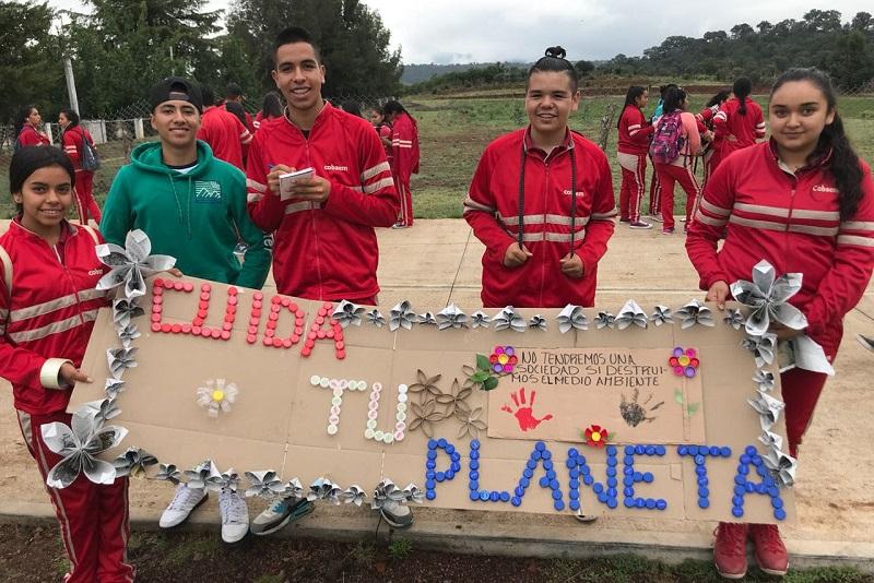 El director del plantel Coeneo, Norberto Alcaraz Pedraza, aseguró que estas actividades fortalecen a los y las estudiantes y complementan sus horas clase en campo