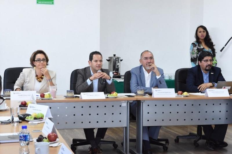 En sesión de trabajo los titulares de dependencias y organismos sectorizados analizaron los programas sello que serán potencializados