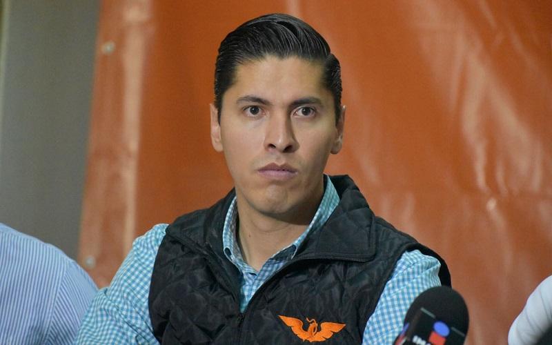 Javier Paredes pidió al presidente municipal electo, Raúl Morón Orozco, quien asumirá funciones a partir del primero de septiembre próximo, que ayude a transparentar también estos gastos excesivos en los que incurrió el alcalde saliente