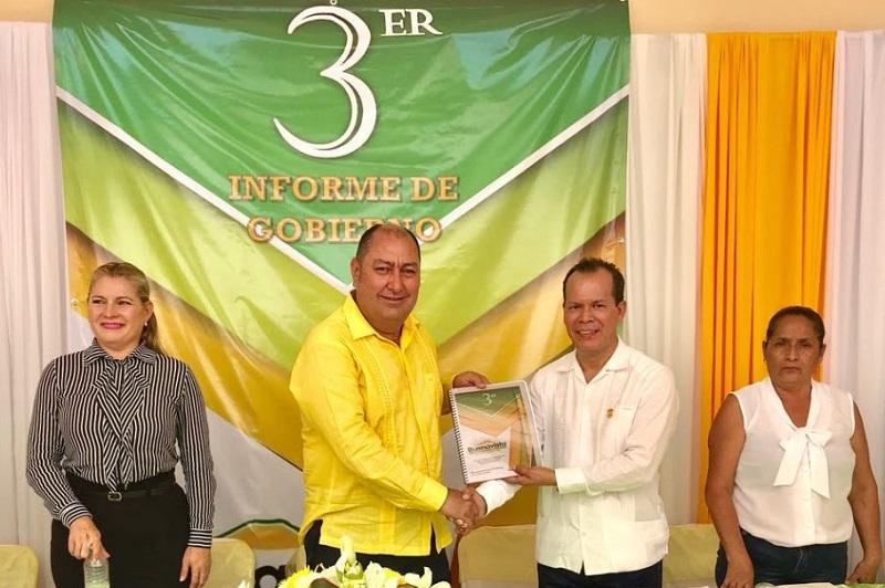 Sin precedentes el respaldo del gobernador Silvano Aureoles al agro, reconoce el alcalde Lorenzo Barajas Heredia, durante su tercer Informe de Gobierno