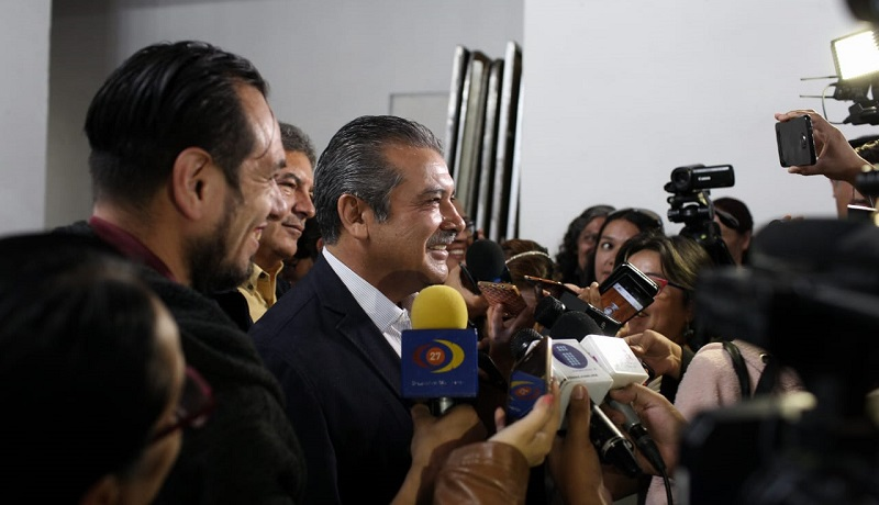 """Morón Orozco aclaró que aún no tiene facultades para atender la problemática del OOAPAS, por lo que no abundó más en el tema para """"no enredar más las cosas"""""""