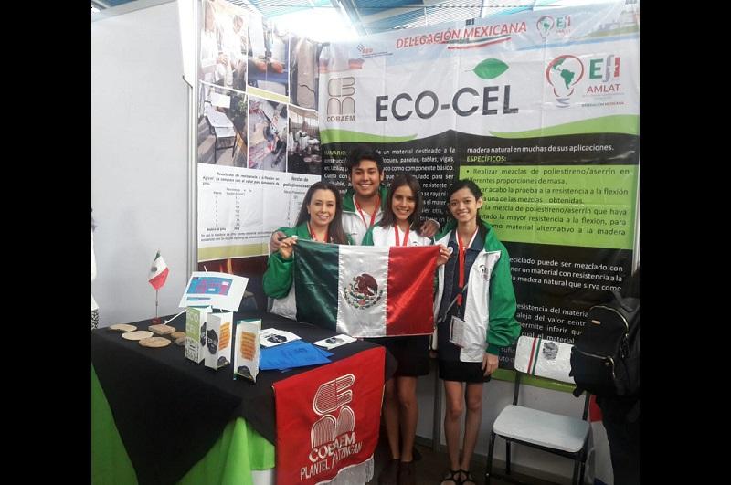 Con el proyecto Eco-Cel, recibieron reconocimiento como la mejor delegación entre más de 200 proyectos de 20 países