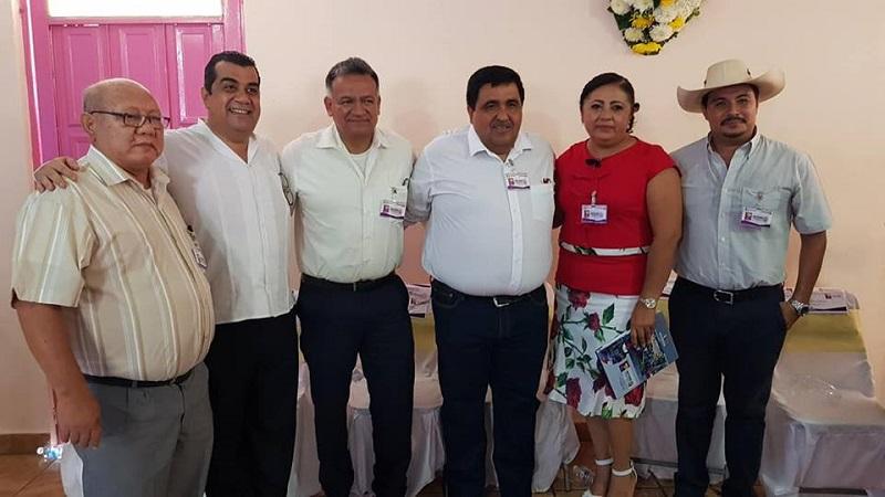 Gilberto Zarco informó que de la misma forma se otorgaron al DIF Huetamo 4 dotaciones para las cocinas del programa jornaleros, con lo que se vieron beneficiados más de mil personas con estos apoyos