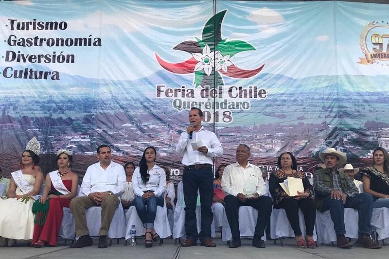 Reconoce el secretario Rubén Medina Niño, la constancia y el compromiso de los productores de Queréndaro con el campo michoacano