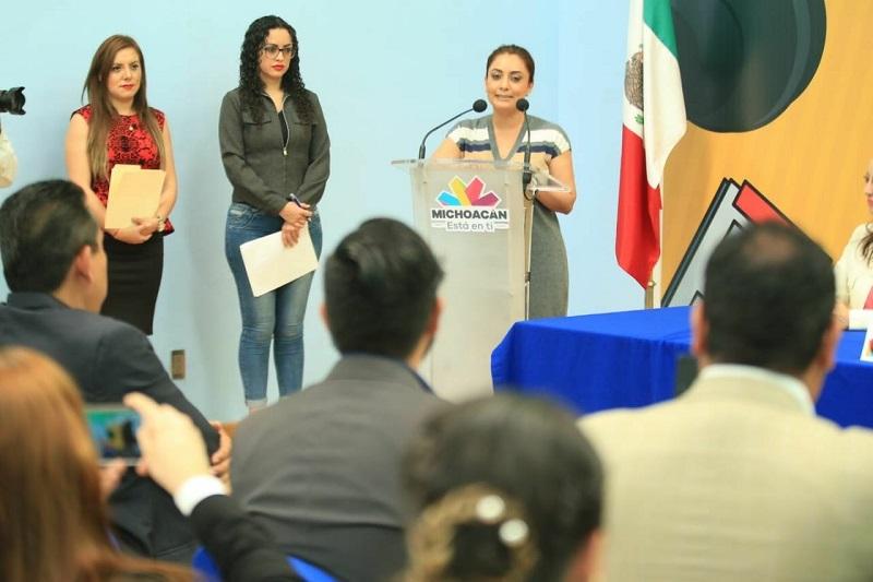 33 alumnos de la región de Uruapan culminan el Diplomado impartido en conjunto por la CGCS y la ANLM