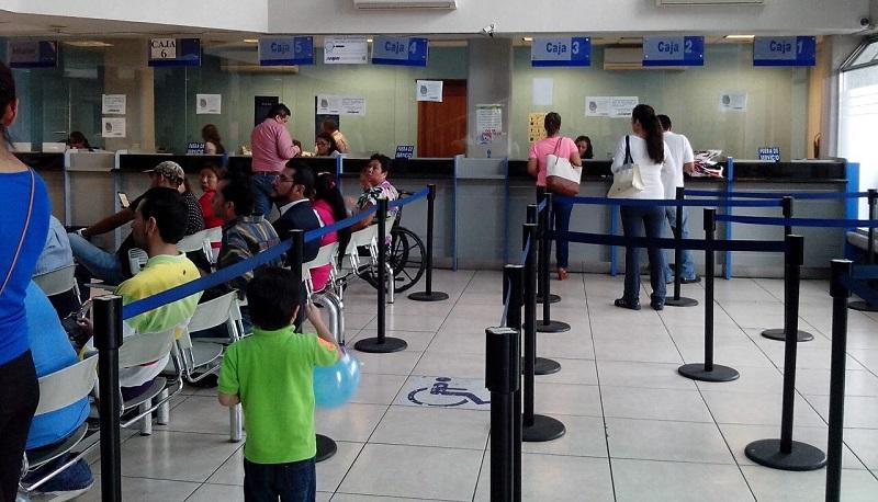 Además, el OOAPAS ofrece la opción de pagar los recibos de agua vigentes en las tiendas de conveniencia Oxxo, y en las ventanillas de los siguientes bancos: Banamex, Bancomer, Banbajío y Santander