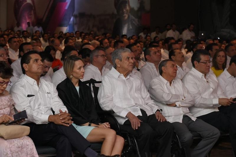 El Gobernador michoacano reconoció a su homólogo por las acciones emprendidas en estos tres años a favor de los campechanos