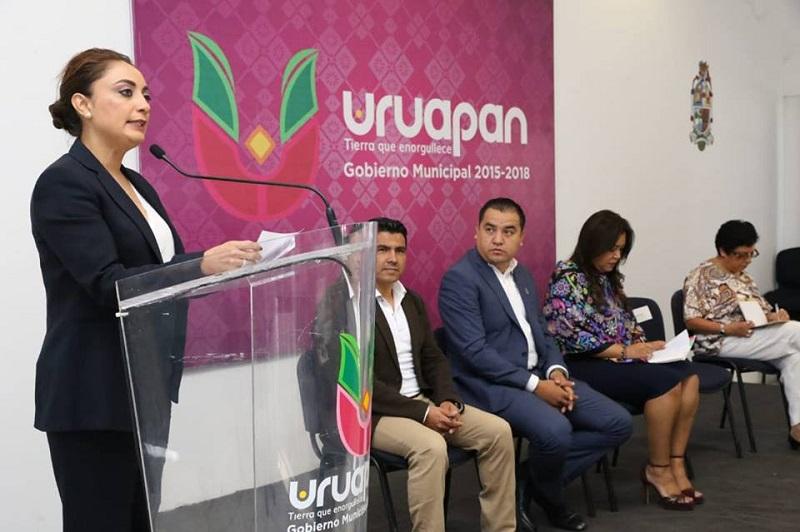Por su parte, la coordinadora General de Comunicación Social, Julieta López Bautista, agradeció el interés de participar en estos talleres dirigidos a construir y fortalecer a las trabajadoras y los trabajadores de la comunicación