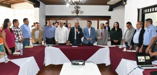 Roberto Carlos López, destacó que este tipo de seminarios es para que conozcan cómo y cuál serán las acciones a emprender en cada uno de los municipios