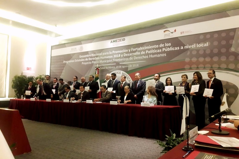 Lo anterior en referencia a la publicación el pasado año, del Programa Estatal de Derechos Humanos, que la Secretaría de Gobierno coordinó en el Estado de Michoacán en favor de la sociedad en su conjunto