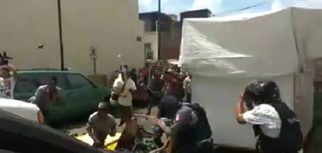 Elementos policiacos indicaron que en la trifulca hubo personas lesionadas así como personas requeridas