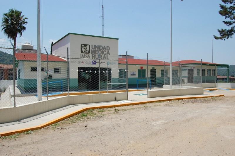 Se han edificado nuevas Unidades Médicas Rurales con Centro de Atención Rural Obstétrica (CARO) en las comunidades indígenas: Carapan, del municipio de Chilchota y Macutzio del municipio de Zitácuaro