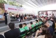Aureoles Conejo inauguró el nuevo ciclo educativo en las instalaciones de la Escuela Primaria Federal Lázaro Cárdenas, en la capital michoacana