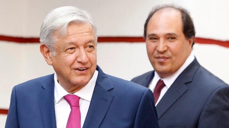 """Aquí una muestra de lo que recuerdo """"de bote pronto"""" del paso de Lázaro Cárdenas Batel en Michoacán. Como se ve, tiene todos los méritos para integrarse al gabinete de López Obrador."""