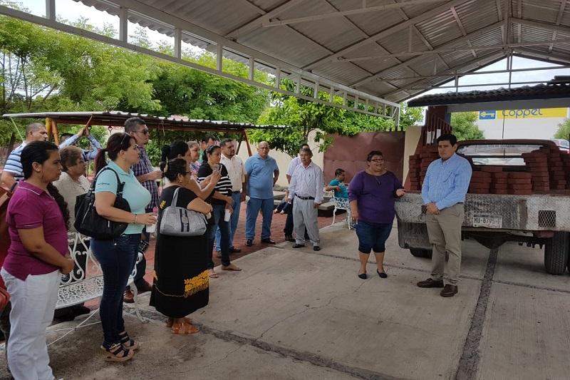 Raymundo Arreola exhortó al Ejecutivo y Secretario de Educación del Estado para que se fortalezca el Programa escolar de educación básica en los Centros de Atención Múltiple