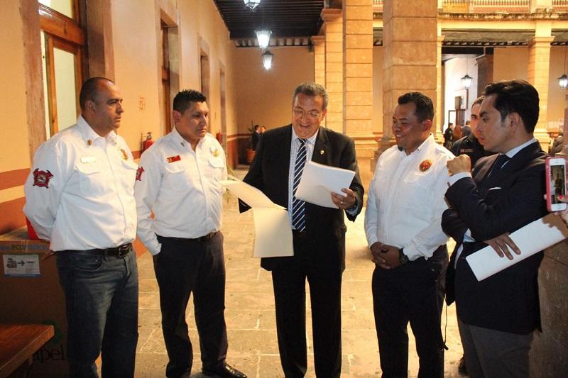 Lázaro Medina, precisó que ha sido un trabajo intenso y fructífero, en el cual se ha contado con el apoyo permanente de la Asociación Estatal de Bomberos, que preside el Comandante Iván Santana