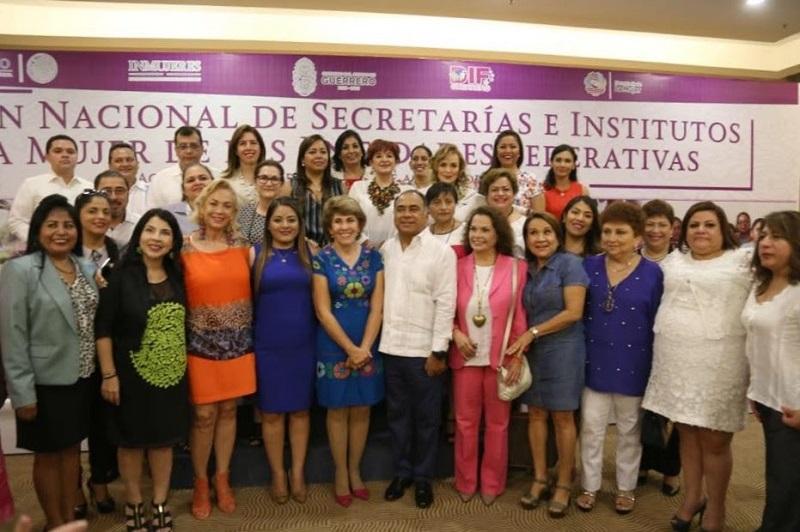 Así lo anunció la titular de la Seimujer, Nuria Gabriela Hernández Abarca, quién recordó que Palabra de Mujer, es la inversión más grande que se haya hecho para un programa dirigido a las michoacanas