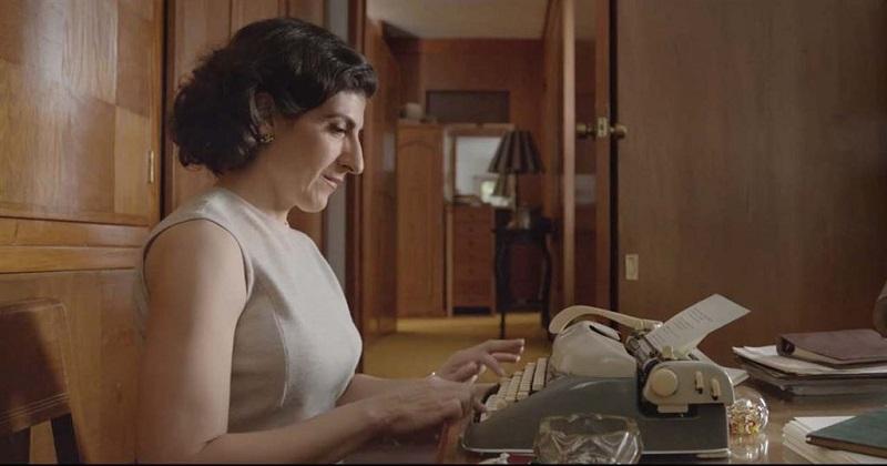 La cinta de Natalia Beristáin brilla por el colorido y la luminosidad de sus escenas, … pero encuentro dificultad para establecer un diálogo con su película, la turbulenta relación de la protagonista se siente desapasionada, es como si le sobrara forma y le faltara intensidad