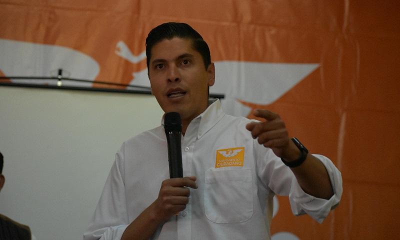 Paredes Andrade pidió a los alcaldes electos que una vez que asuman su responsabilidad de forma constitucional que no conviertan a los Ayuntamientos en agencias de colocación y empleo para los cuates