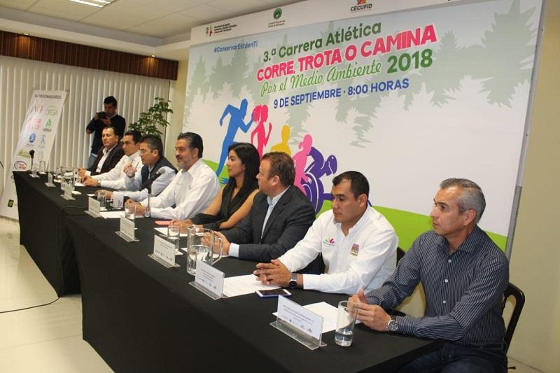 Luna García reiteró la invitación a participar en la carrera, en la que se contará con seguridad en el trayecto, puestos de hidratación y áreas de recuperación y masaje