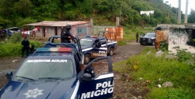 Minutos antes de las 02:00 horas realizaba un recorrido de Prevención y Vigilancia el mando policial sobre la carretera Santa Ana Maya - La Lobera, en un momento determinado los agentes les marcaron el alto a varios sujetos que viajaban en una camioneta