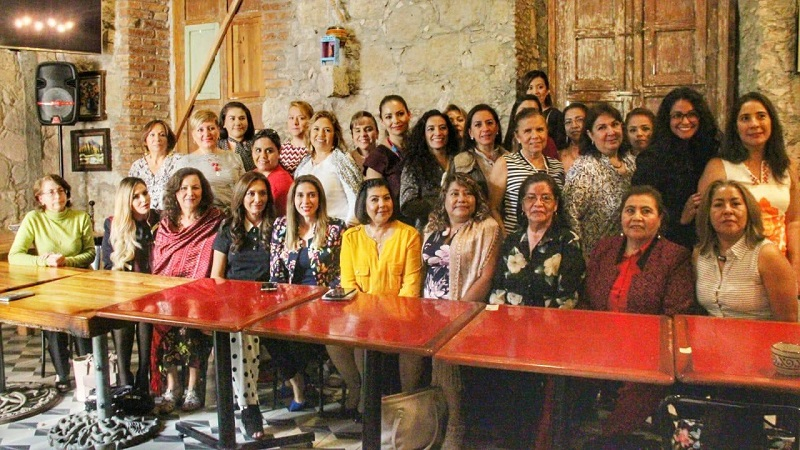 Rosalva Vidal reconoció en las presentes a mujeres con fuerza y compromiso, pero sobre todo con voluntad de aportar desde su trinchera para el desarrollo económico y social de Morelia
