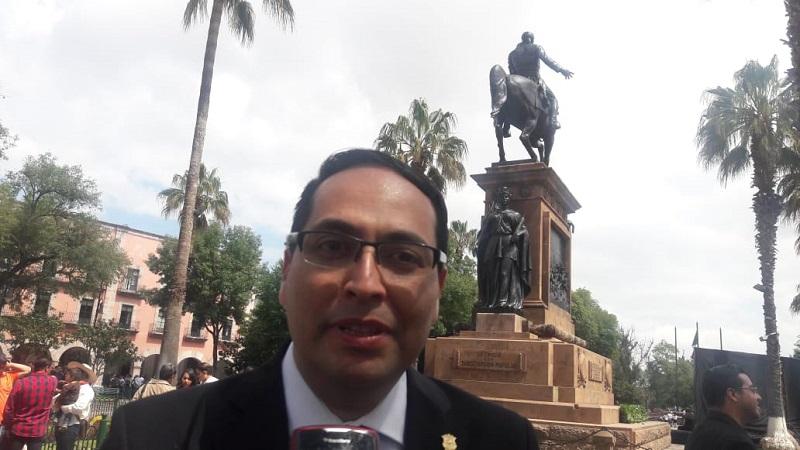 Definiré una agenda muy estricta donde determinados días esté en la oficina para que los ciudadanos puedan acudir a buscar soluciones: Hernández Razo