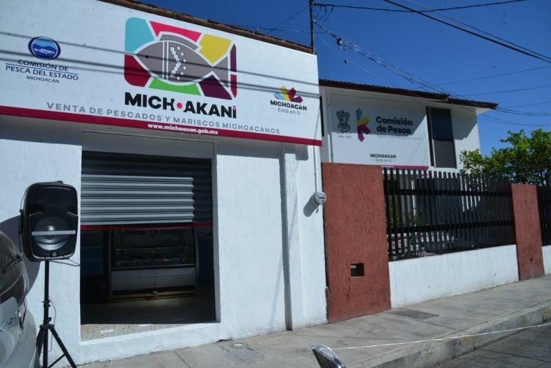 """Vargas Medina invitó a todas y todos los michoacanos y ciudadanos en general a que estén atentos en la reapertura del punto de venta """"Michoakani"""" que estará ubicado a un costado de las instalaciones de la Compesca"""