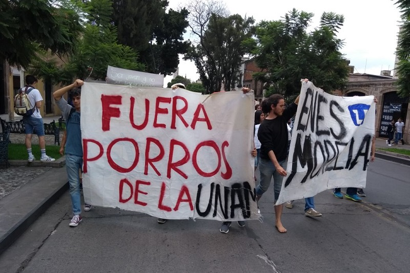 La movilización comenzó en el Obelisco al General Lázaro Cárdenas, de dónde partió por la Avenida Madero hasta la Fuente de Las Tarascas