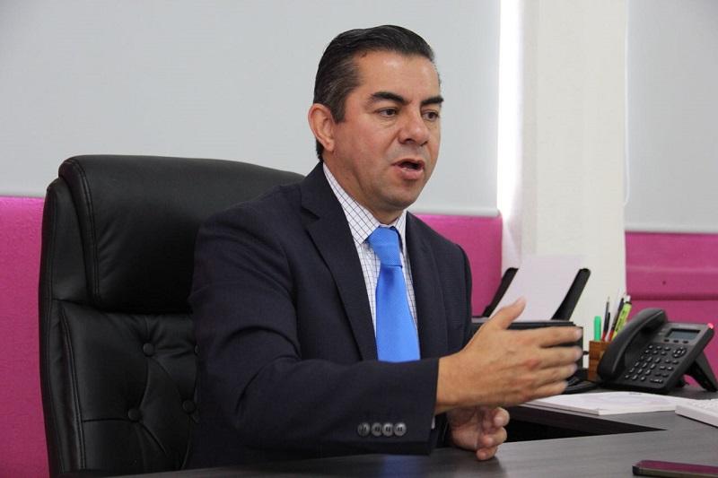 Daniel Chávez García, comisionado presidente del IMAIP, destacó que a partir de la reforma constitucional del año 2014, la autoridad está obligada a dar cuentas y entregar información de los recursos públicos que recibe, además de respetar los datos personales de los ciudadanos