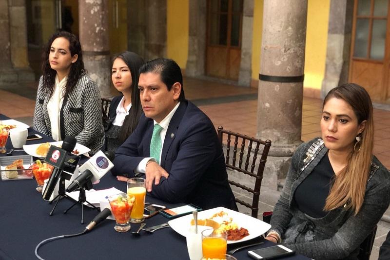 Núñez Aguilar destacó los 83 documentos y nueve posicionamientos emitidos a lo largo de la LXXIII Legislatura,  situación que lo ha posicionado como uno de los asambleístas más productivos del Congreso del Estado